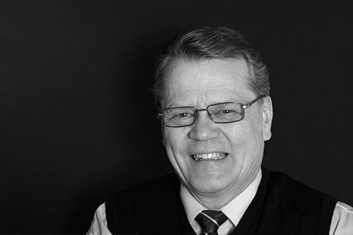 Henrik Tarvainen | Suomen Teräsritilä